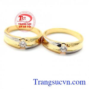 Nhẫn cưới hạnh phúc lứa đôi