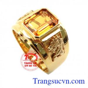 Nhẫn vàng tây gắn đá quý sapphire dành cho nam