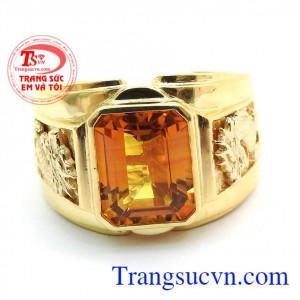 Sapphire vàng Thiên Nhiên