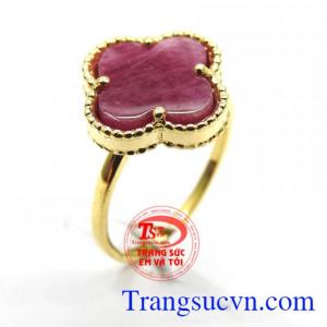Nhẫn đá Ruby tím đỏ may mắn