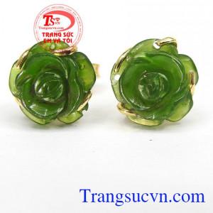 Hoa tai hoa hồng nephrite