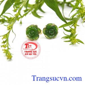 Mang đến nhiều may mắn, sức khỏe và hạnh phúc. Hoa tai hoa hồng nephrite
