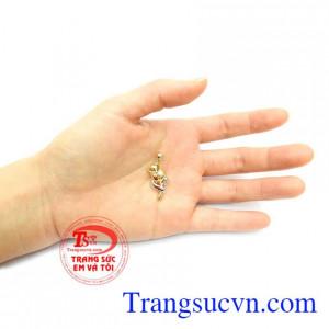 Mặt dây chuyền thiết kế mới lạ, độc đáo dành cho phái đẹp, phù hợp với nhiều kiểu dáng dây chuyền phong cách, mặt dây chuyền quý phái sang trọng chế tác độc đáo,Mặt Dây Hoa Hồng Nhập Hàn Quốc