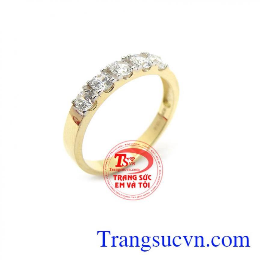 Nhẫn nữ đẹp xinh xắn