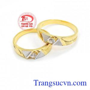 Nhẫn cưới tình yêu bền đẹp là sản phẩm nhân cưới vàng tây, gắn kết tình yêu
