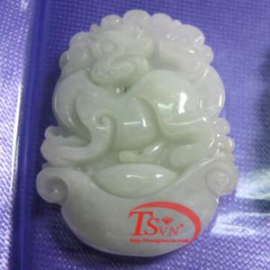 Tuổi Tuất- jadeite- jade