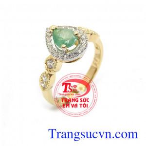 Nhẫn nữ emerald sang trọng