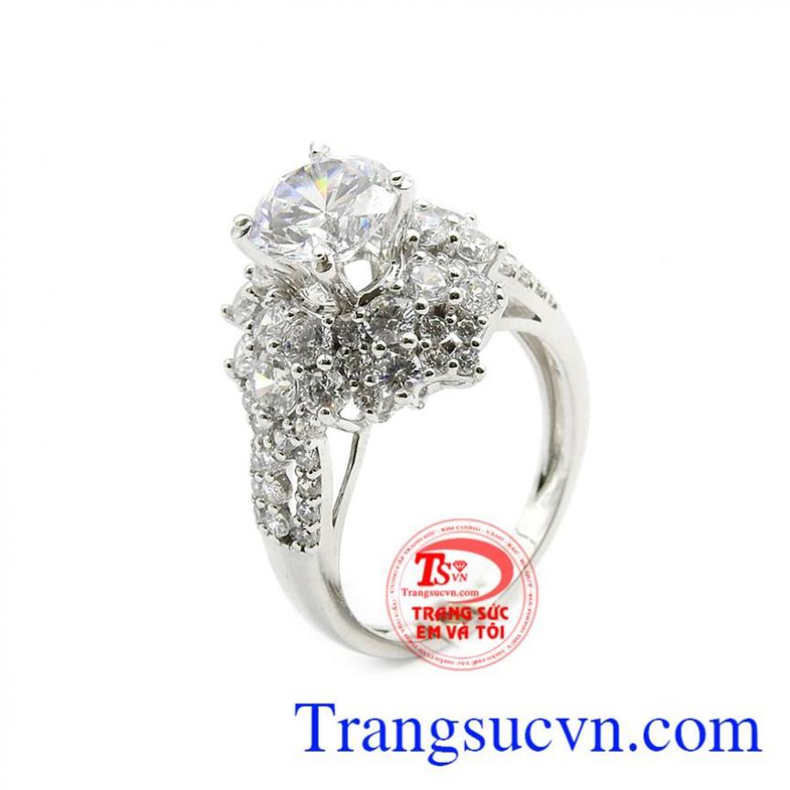 Nhẫn nữ sang trọng vàng 18k