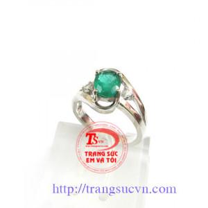 Chiếc nhẫn Emerald