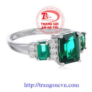 Nhẫn Emerald vàng trắng