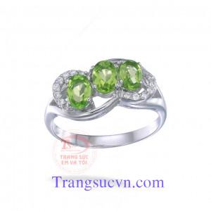 Nhẫn nữ đẹp peridot