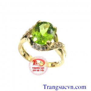 Nhẫn nữ đá peridot thiên nhiên vàng 14k