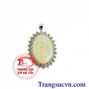 Mặt đá opal quý hộ mệnh