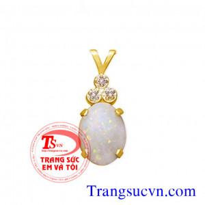 Mặt dây chuyền đá opal