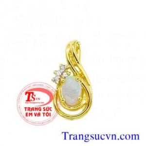 Mặt đá opal vàng tây