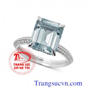 Nhẫn nữ đá Aquamarine