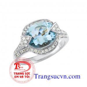 Nhẫn vàng trắng đá Aquamarine