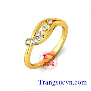 Nhẫn nữ vàng tây gắn kim cương