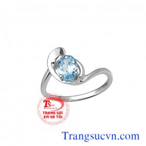 Nhẫn nữ đẹp topaz
