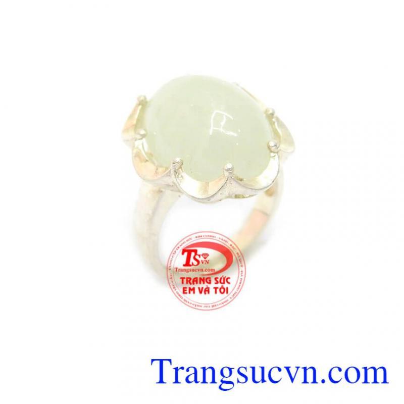 Nhẫn nữ bạc quý phái
