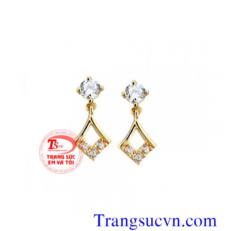 Hoa tai kim cương vàng 18k
