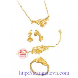 Nữ trang vàng 999