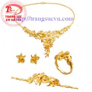 Bộ nữ trang vàng 999