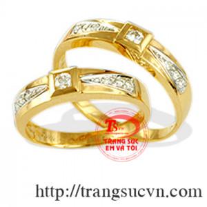 Đôi nhẫn vàng tây
