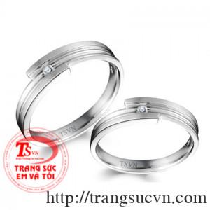 Nhẫn cưới hoa văn trơn