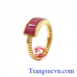 Nhẫn ruby sành điệu