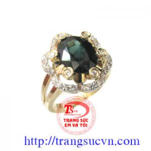 Nhẫn đá saphia