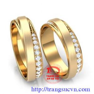 Nhẫn cưới kim cương 1,8 ly