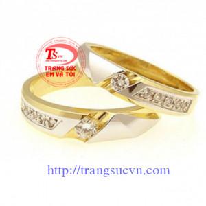 Nhẫn vàng kim cương cưới