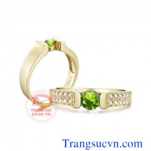Nhẫn cưới đá peridot