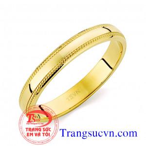 Nhẫn đính hôn vàng