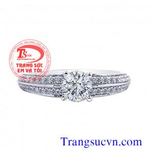 Nhẫn kim cương nhỏ vàng trắng