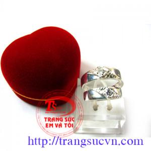 Nhẫn đôi bạc ta