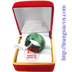 Nhẫn Ngọc Cẩm Thạch Vân