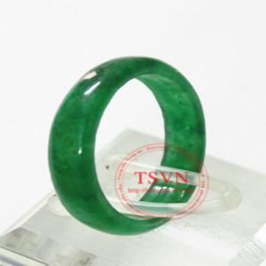 Nhẫn ngọc Jadeit