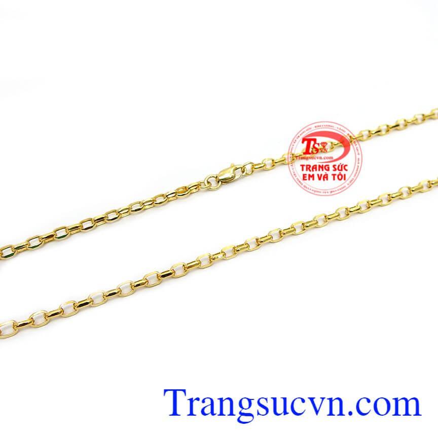 Dây chuyền được chế tác từ vàng 10k bền đẹp, sáng bóng