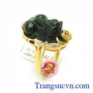 Nhẫn Vàng Tỳ Hưu Jadeite Thiên Nhiên