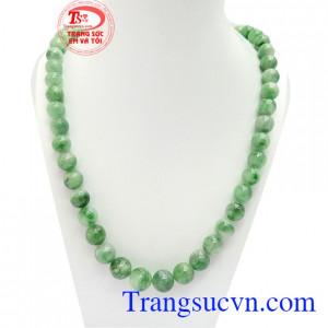 Chuỗi cổ jadeite thiên nhiên