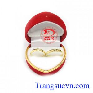 Nhẫn cưới thủy chung 18k bảo hành 12 tháng, giao hàng nhanh trên toàn quốc