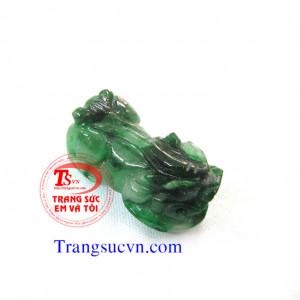 Tỳ hưu đá quý cẩm thạch jadeite