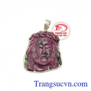 Mặt dây Chúa Giê-su ruby bọc bạc