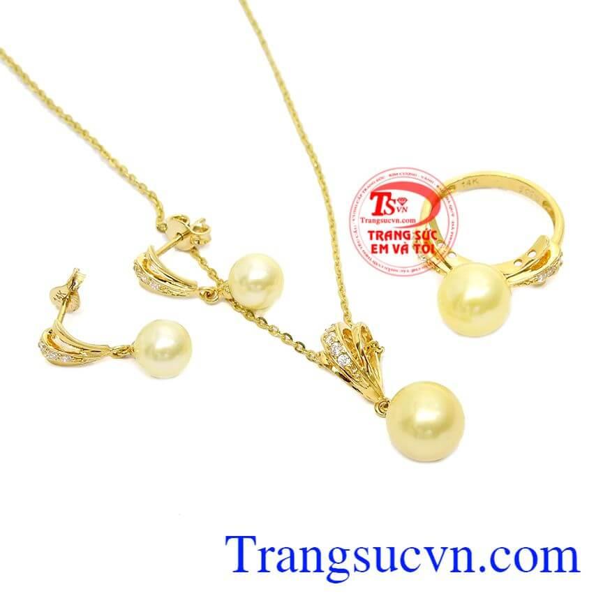 Ngọc trai vàng độc đáo kết hợp cùng vàng tây 14k