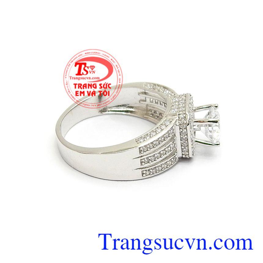 Nhẫn nữ vàng trắng thời trang cá tinh