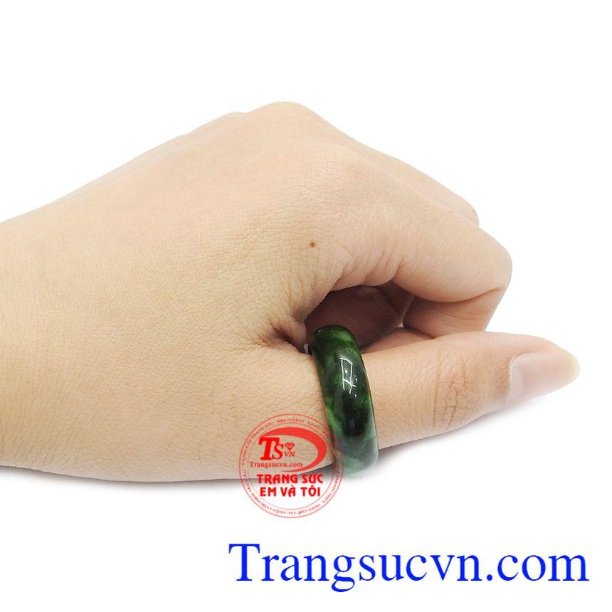 Nhẫn ngọc có giấy kiểm định đá quý
