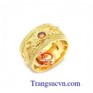 Nhẫn rồng vàng saphir vàng