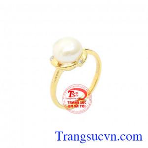 Nhẫn nữ ngọc trai trắng dễ thương